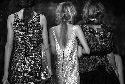 black-and-white-dress-friends-hair-models-Favim.com-198463