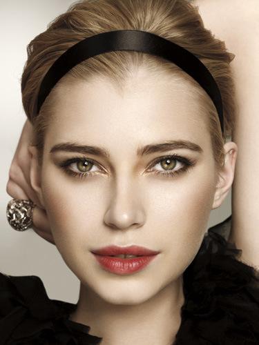 holiday-headband-hairstyles1